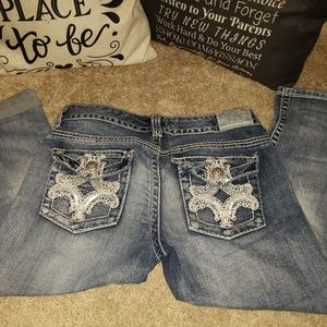 Maurices cropped Jean's